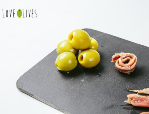SEVEN REASONS TO EAT SEVEN OLIVES A DAY, SEVEN DAYS A WEEK